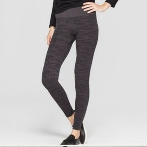 Assets by sara blakely camo leggings